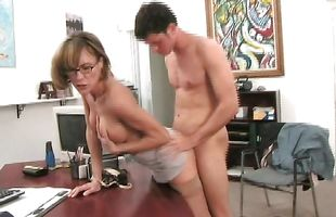 Classy mature Saskia with curvy natural tits gets her twat eaten and drilled