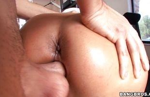 Sex appeal mature lady Trina Michaels has her well-lubed pie fingered and eaten