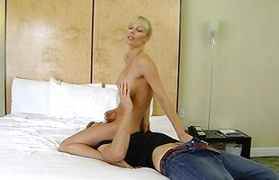 Enchanting mature Holly Sampson getting her poontang annihilated dearly