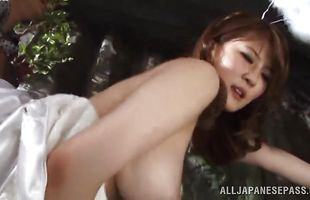 Glamor bimbo Momoka Nishina with large tits sucks a meat bazooka after having her poon tang eaten