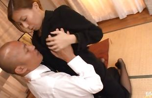 Angelic busty mature Chihiro Akino blows and rides a thick ramrod