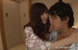 Fuck stick makes naked mature floosy Anri Okita's box squirm with pleasure