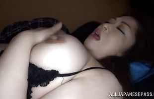 Stunning mature maid Natsuko Kayama with wet nana receives a big pipe