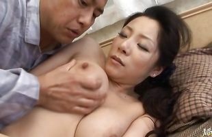 Sultry mature Ayane Asakura sits and then grinds the cock