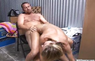 Sensual busty cougar Serena cumming on huge penis