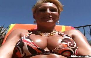 Sinful busty mature blonde girlie Emilianna is fucking her naive lover