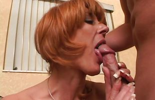 Luscious bombshell Jenna is giving nice blowjob after hardcore sex