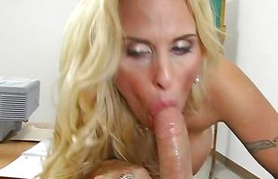 Muscular buddy passionately plows stupendous mature Holly Halston's tight twat by the pool
