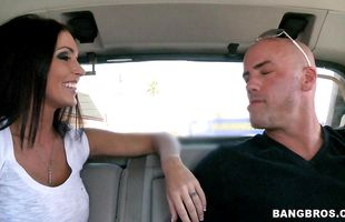 Glamor mature brunette Jessica Jaymes gives her male a blowjob