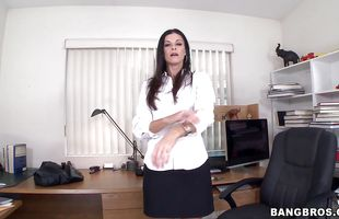Frisky booty India Summer asked lad to join her while she is making a porn video