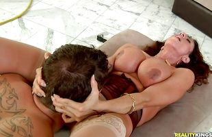 Busty brunette mature cutie Ariella Ferrera spreads legs and offers her copher to an attractive mate