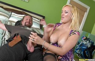 Charming latina blonde mature Skyla Paris is crazy about sucking hard yummy dicks