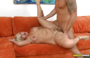 Goluptious mature blonde Marilyn Mandala shows perky tits and perfect ass to a male