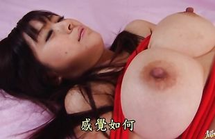 Ravishing mature Hitomi Kanou with big tits is ready for some hard pounding