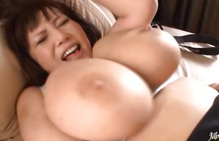 Unsatisfied Maria Yumeno goes hardcore with a experienced dude