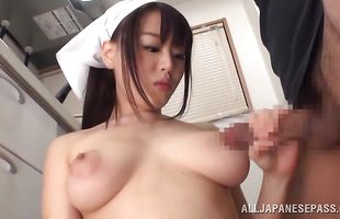 Dishy mature Mao Hamasaki reveals her big booty to her talented hunk