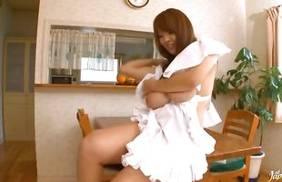 Breathtaking cougar Hitomi Tanaka rides a thick love rocket with all of her might