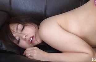Cute mature Reiko Nakamori gets her wet poontang smashed by playmate