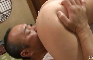 Bf is spreading lusty mature Kyoko Takashima's legs while drilling her wet cherry