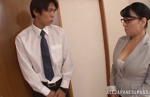 Mature girlie Emiko Ejima with firm tits s sharing same slim jim in hardcore