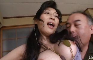 Voluptuous girlie Yuuko Sakurai with huge tits washes her voluptuous body for her muscular fucker