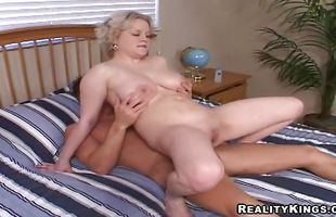 Voluptuous mature maiden Ava with impressive tits got her daily dose of fuck from pussy tester