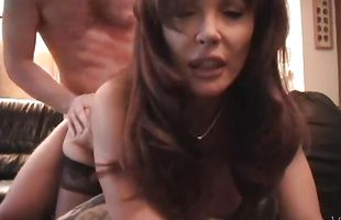 Pal takes care of a heavenly redhead latin Vanessa Bella
