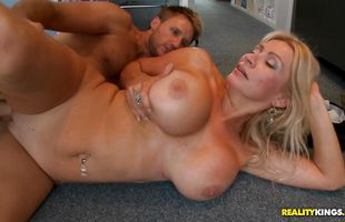 Exquisite Ingrid Swenson got fucked in the beaver for the first time ever and liked it a lot