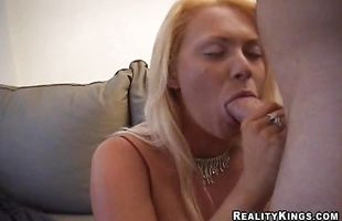Prurient blonde Salem did her best to satisfy mate better than she ever did