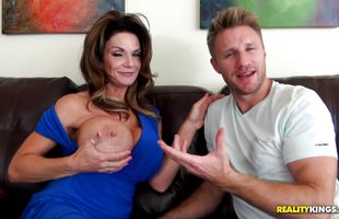 Magical Deauxma likes to bend over and get fucked, by mate