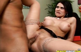 Foxy busty mature Eva Karera receives a sausage in her wet and juicy pussy