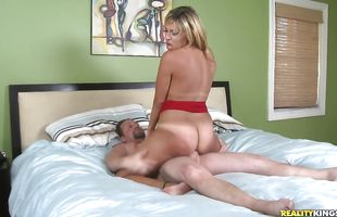 Stupendous mature latina woman Kitana is desperate for a good fuck so her lover has to give her a hand