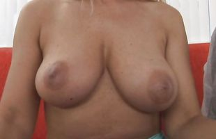 Striking mature blonde sweetie Nicole Moore with impressive natural tits loves to be thoroughly licked before fucking