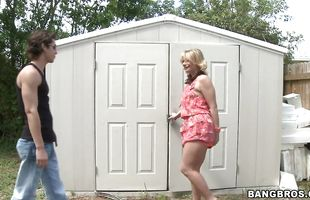 Sugary mature blonde Roxxanne Bliss with large natural tits is eager to ride a hard shaft